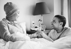 benefícios previdência mulher com câncer
